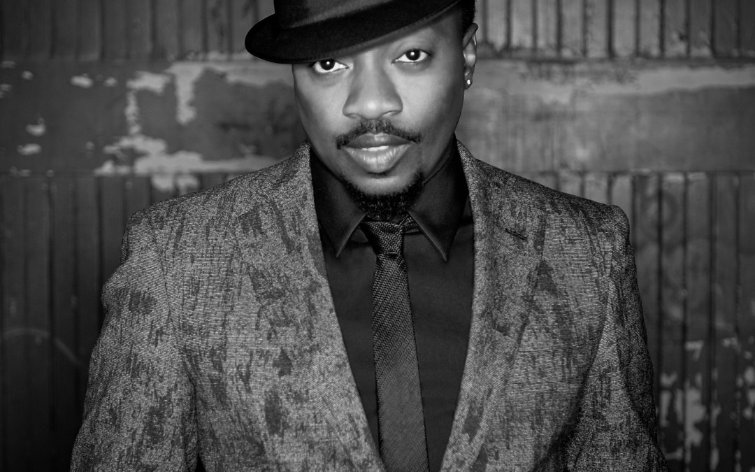 HOW TO BOOK Anthony Hamilton